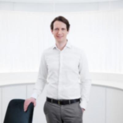 Dr. Nils Krämer